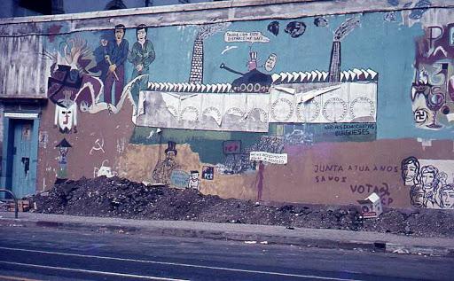 Os painéis de azulejos da Rua Olímpio Nicolau Rui Fernandes